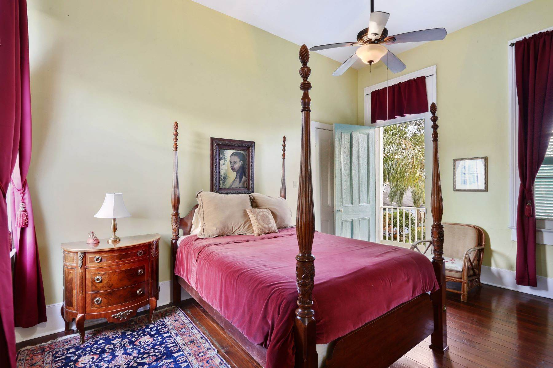 12. Single Family Homes for Sale at 2613 Royal New Orleans, Louisiana 70117 United States
