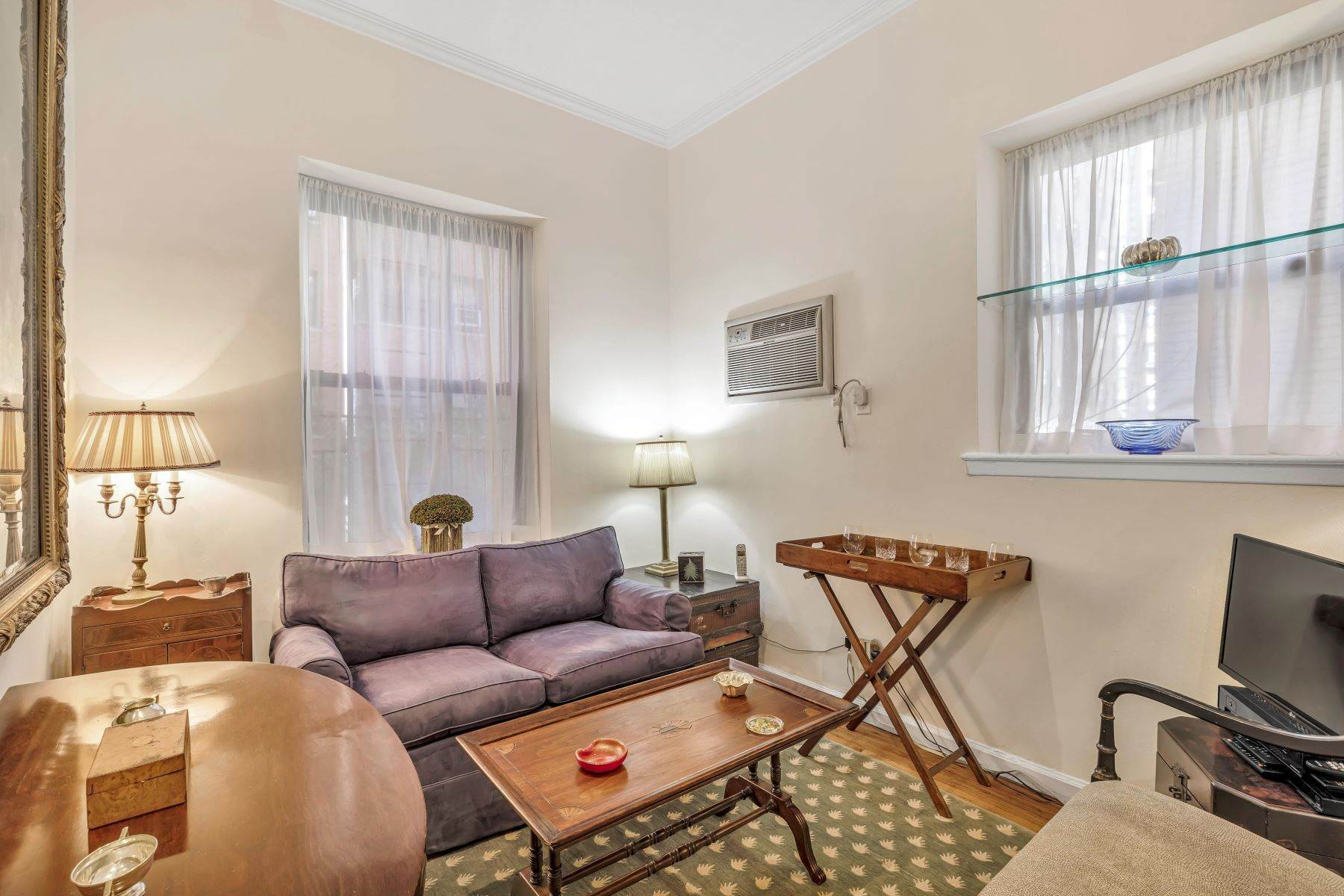 10. Co-op Properties for Sale at Renovated 2 bed 2 bath w/ Outdoor Space 20 East 88th Street, Apt 1F New York, New York 10128 United States